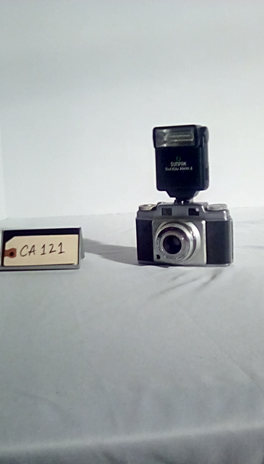 """CA121 Ansco Super w/electronic flash (Flash is compatible w/all  """"hot shoe"""" connections"""