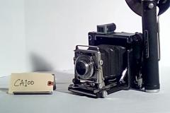 CA100 - Reporter Camera, Graflex,  w/electronic flash, Accordion fold lens