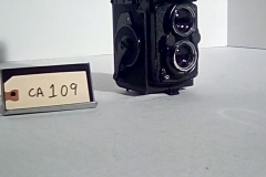 CA109, Yashica Mat 124G *right view, twin lens