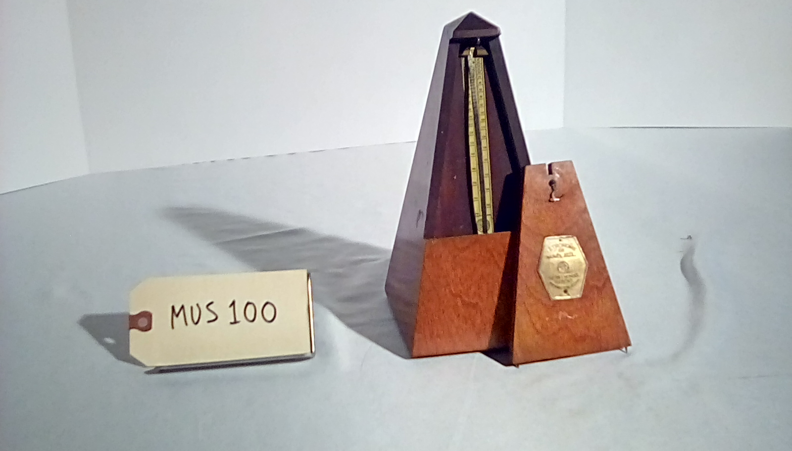MUS100 Metronome (Seth Thomas)