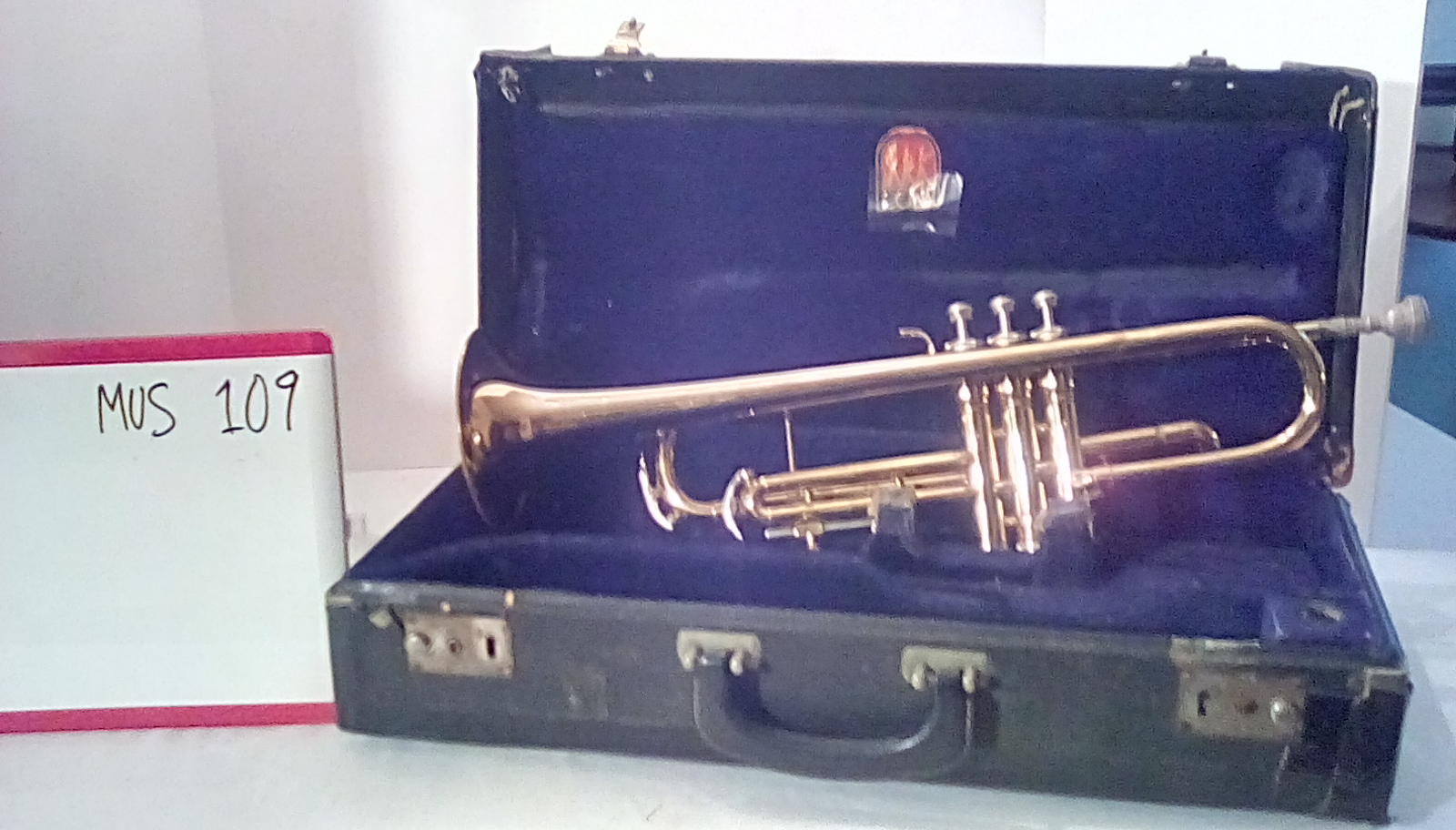 MUS109 Trumpet (2 in stock) in case