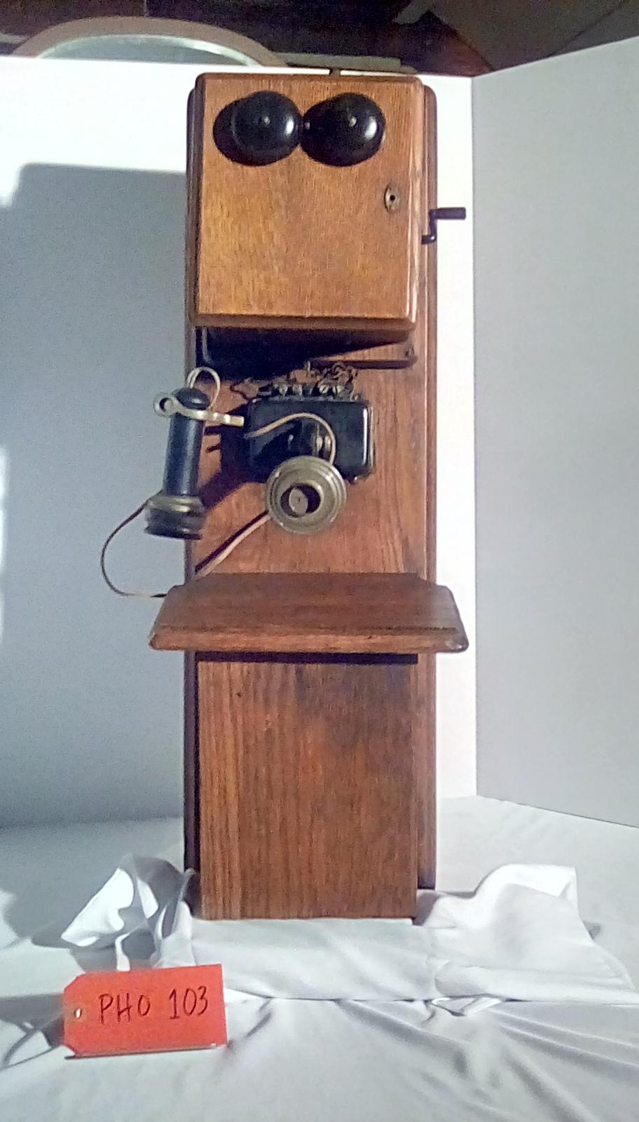 PHO 103 wooden wall crank phone