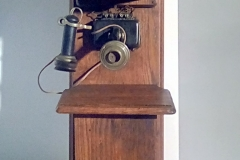 PHO 103 wooden wall crank phone